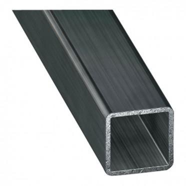 poteau métallique carré